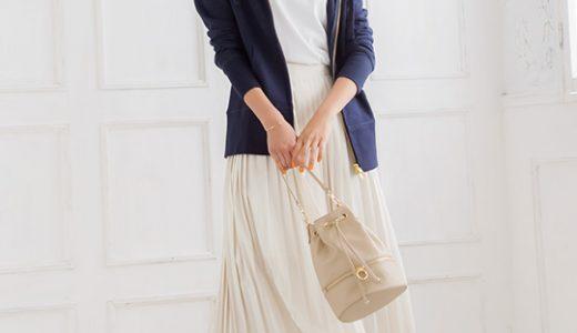プリーツスカートを2019年春らしく着こなす♡パーカー合わせで大人カジュアルに