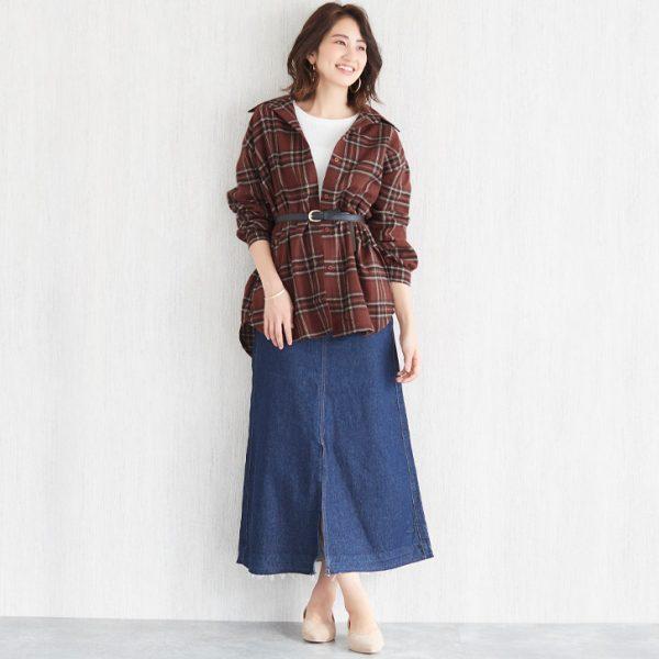 チェックシャツ×デニムスカートで大人の抜け感!