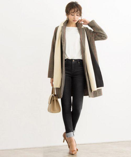 冬の重ね着でもすっきり着やせ♡トレンドアウター×黒スキニーコーデ