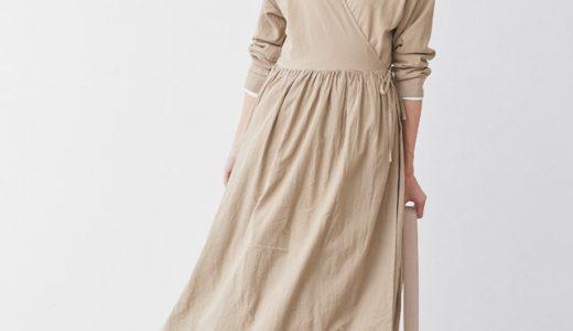 シャツワンピース×プリーツスカートのレイヤードで春イチ着たい大人フェミニンスタイル