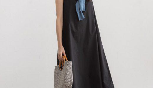 リゾートドレスにもぴったり◎夏の黒ワンピースは小物使いで涼し気に着こなして♪