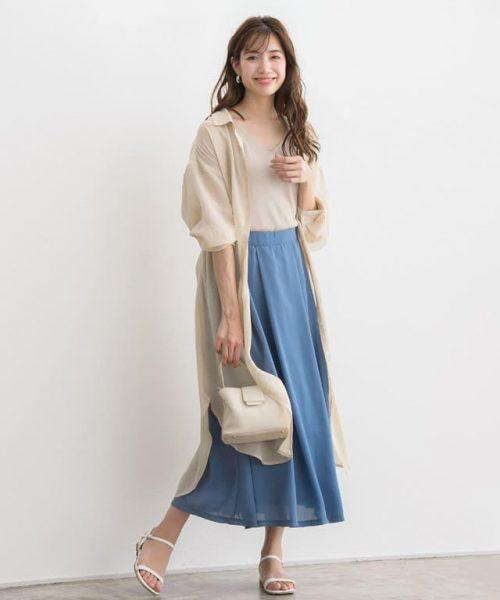 シフォンスカート×シアーシャツで夏らしいエアリー感をまとって