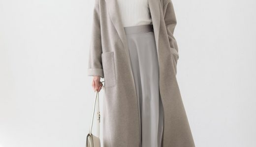 ロングコートも重く感じさせない柔らかな色合い◎優しく上品な雰囲気醸し出す冬の淡色コーデ